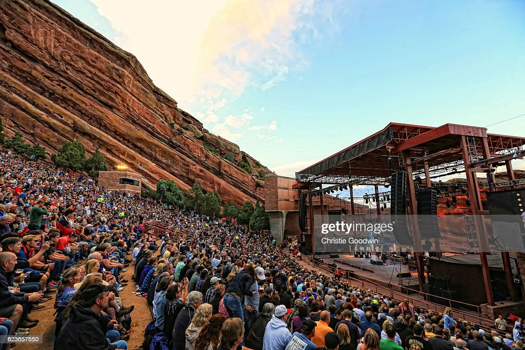 Joe Bonamassa At Red Rocks : News Photo