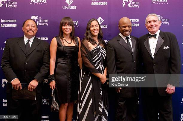 Joe Brown Deborah Herron C Diane Wallace Booker Wintley Phipps and Dan Rather attend the 9th annual Power of a Dream gala hosted by the US Dream...