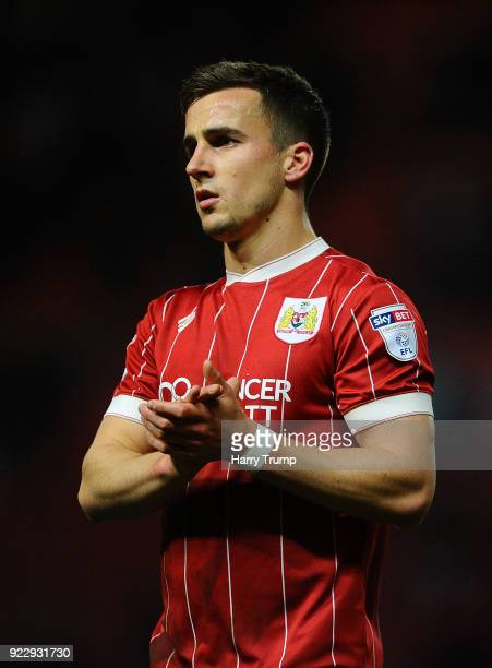 Joe Bryan of Bristol City applaudes the fans at the final whistle during the Sky Bet Championship match between Bristol City and Fulham at Ashton...