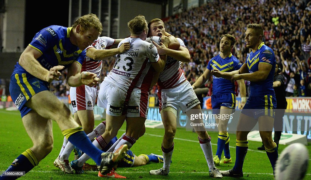 Wigan Warriors v Warrington Wolves - First Utility Super League: Qualifying Semi-Final