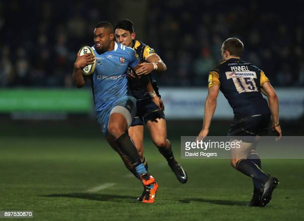Joe Cokanasiga of London Irish breaks with the ball during the Aviva Premiership match between Worcester Warriors and London Irish at Sixways Stadium...