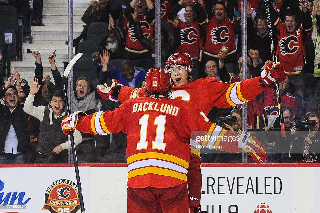 New York Islanders v Calgary Flames : News Photo