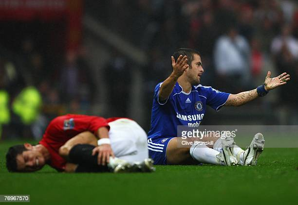 Joe Cole of Chelsea appeals following his tackle on Cristiano Ronaldo of Manchester United during the Barclays Premier League match between...