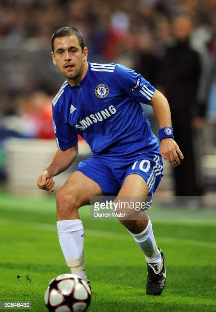 Joe Cole of Chelsea in action during Champions League Group D match between Atletico Madrid and Chelsea at the Vicente Calderon Stadium on November 3...
