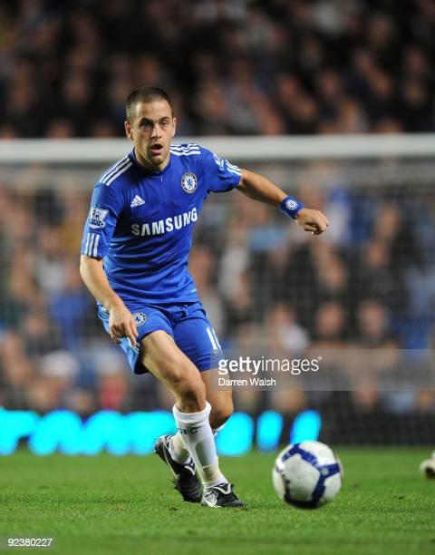 Joe Cole of Chelsea in action during the Barclays Premier League match between Chelsea and Blackburn Rovers at Stamford Bridge on October 24 2009 in...