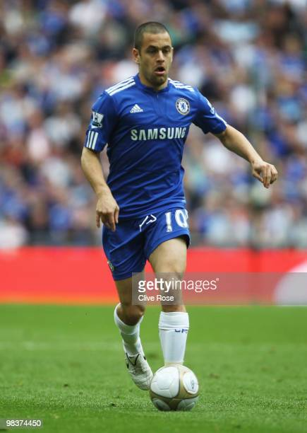 Joe Cole of Chelsea runs with the ball during the FA Cup sponsored by EON Semi Final match between Aston Villa and Chelsea at Wembley Stadium on...