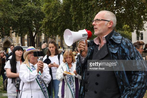 Joe Corre of Talk Fracking speak in support of the Lancashire women and the antifraacking movement UP to a hundred women from the Lancashire...