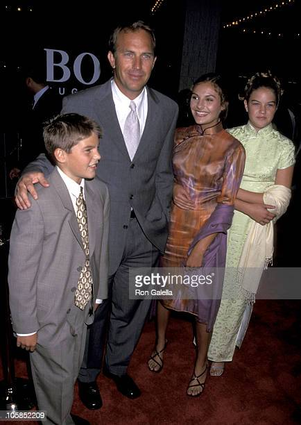 Joe Costner Kevin Costner Annie Costner and Lily Costner