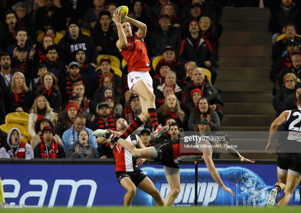 AFL Rd 17 - St Kilda v Essendon : News Photo