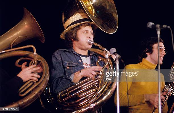 Joe Dassin in rehearsal to Olympia