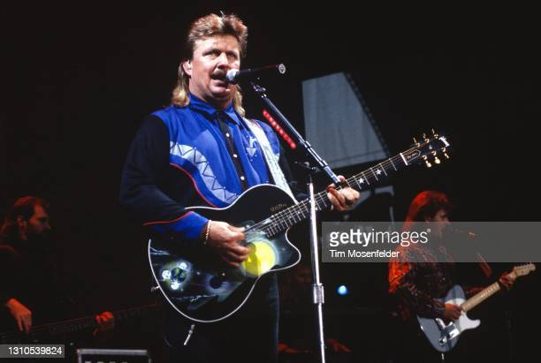 Joe Diffie performs at Shoreline Amphitheatre on September 30, 1994 in Mountain View, California.