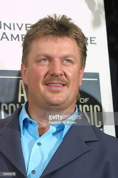Joe Diffie poses backstage after the 37th Annual Academy of Country Music Awards May 22 2002 at the Universal Amphitheatre in Los Angeles CA