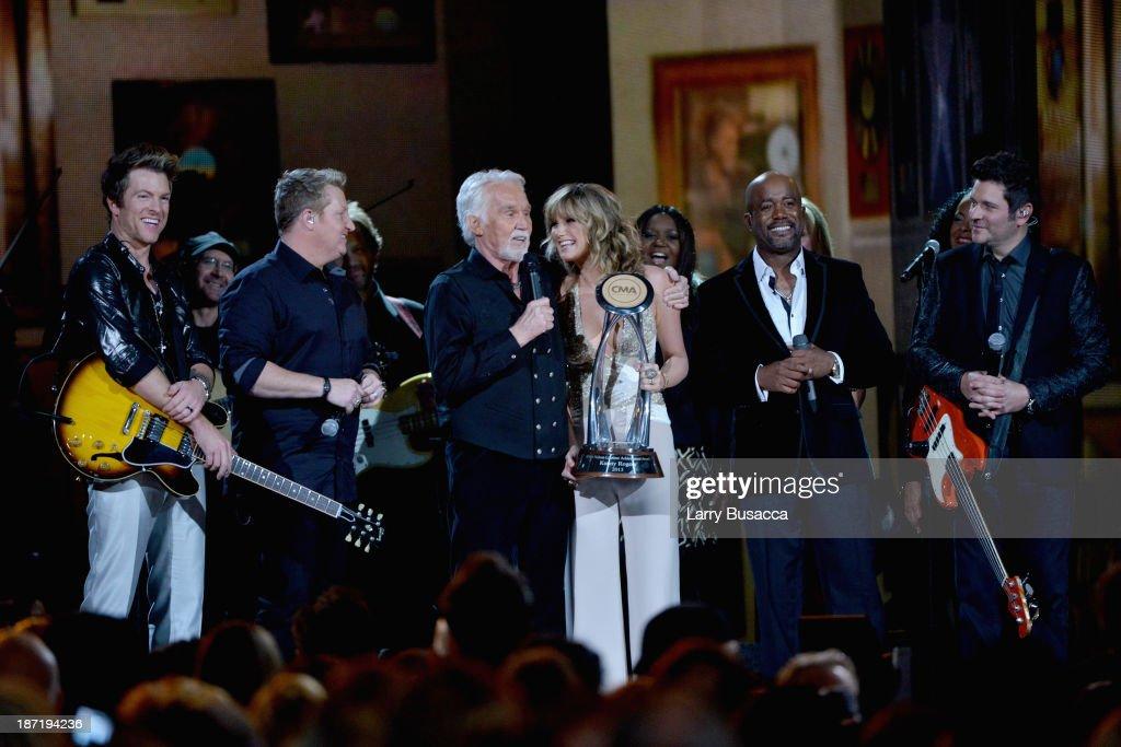47th Annual CMA Awards - Show : News Photo