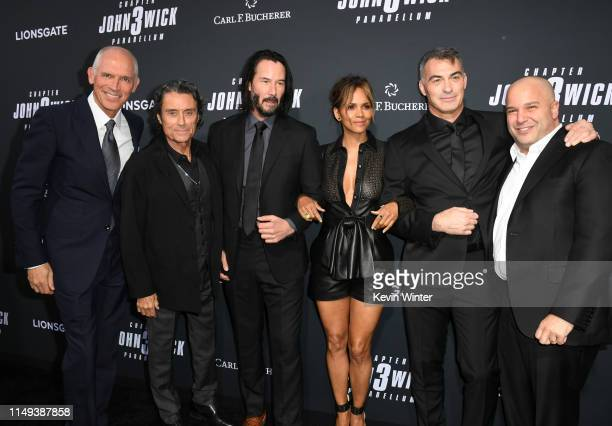 Joe Drake Ian McShane Keanu Reeves Halle Berry Chad Stahelski and Nathan Kahane attend the special screening of Lionsgate's John Wick Chapter 3...