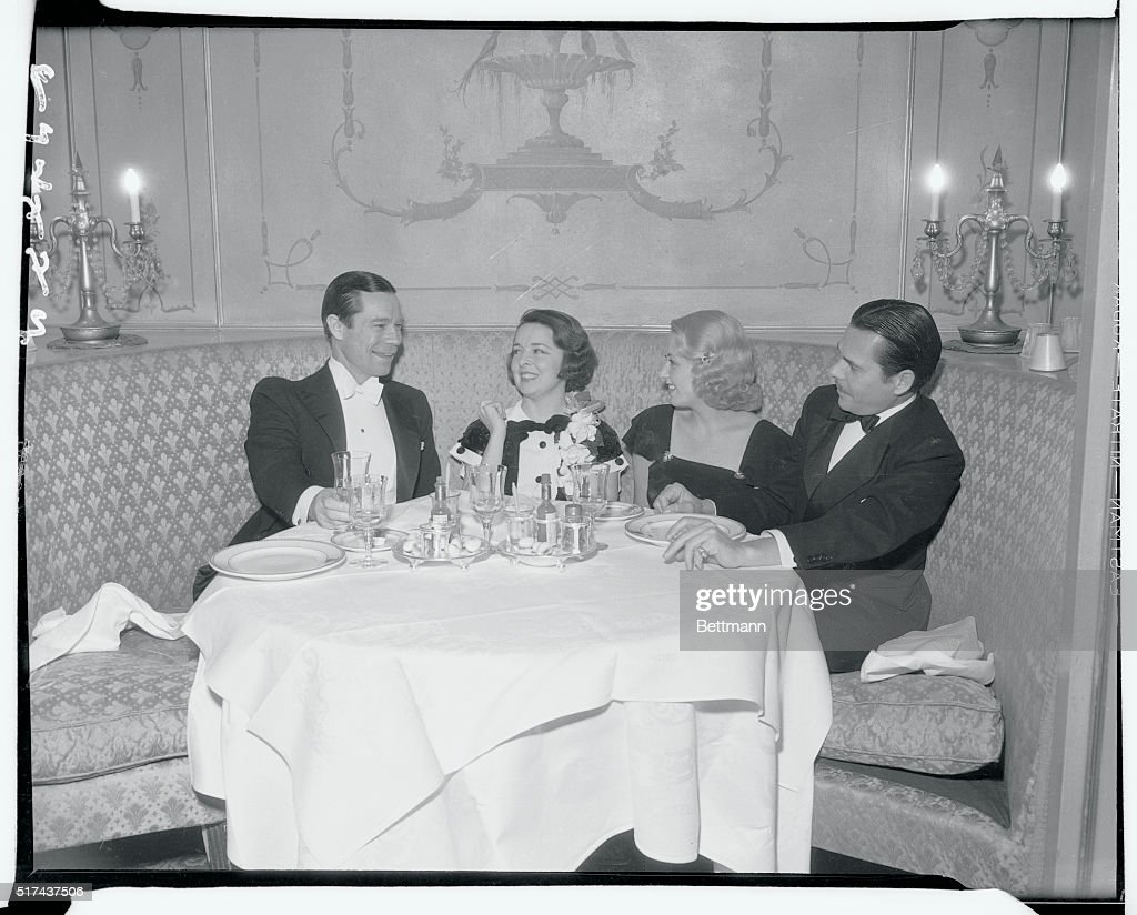 Hollywood Players Sitting at Table Together : News Photo