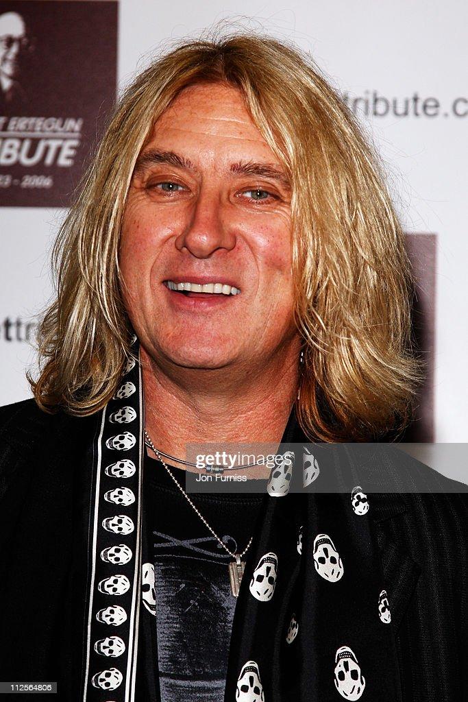 Led Zeppelin - Ahmet Ertegun Tribute - VIP Arrivals : News Photo