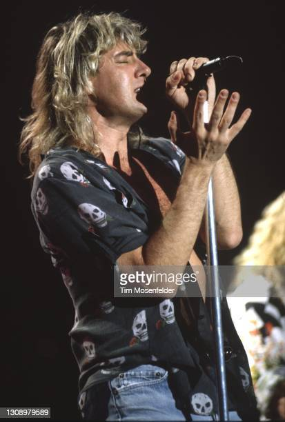 Joe Elliott of Def Leppard performs at Shoreline Amphitheatre on July 7, 1993 in Mountain View, California.