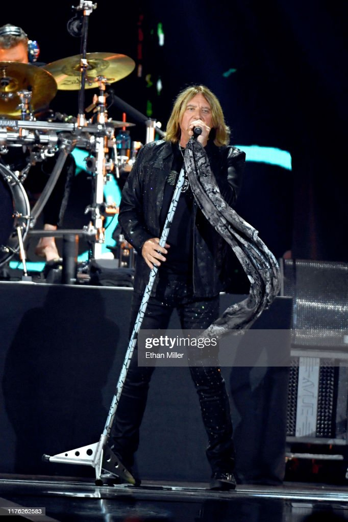 2019 iHeartRadio Music Festival And Daytime Stage : News Photo