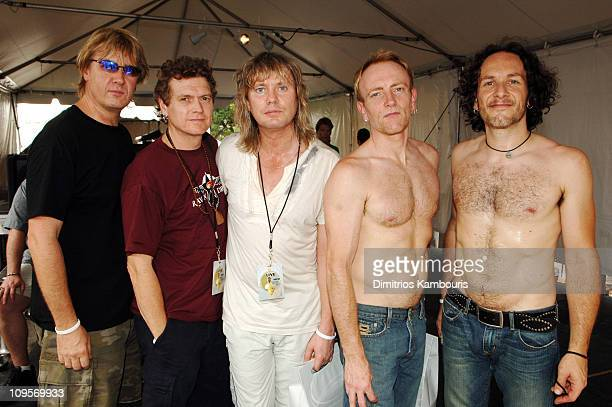 Joe Elliott, Rick Allen, Rick Savage, Phill Collen and Vivian Campbell of Def Leppard