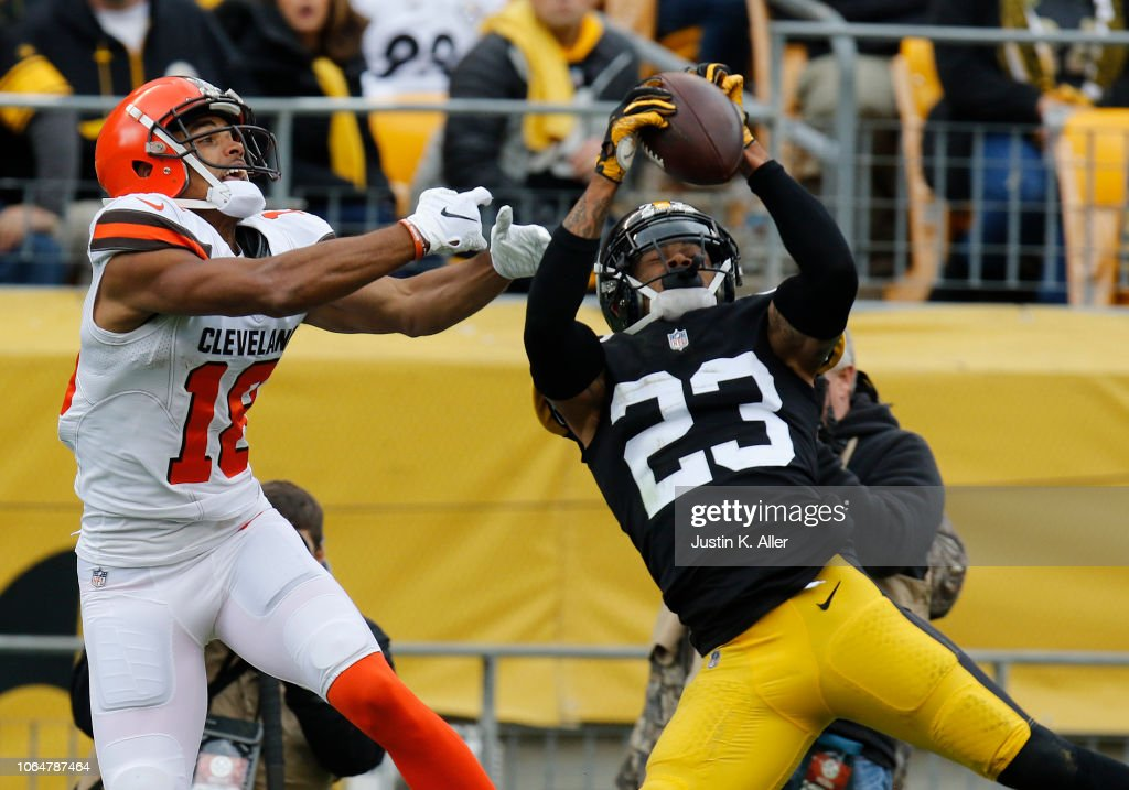 Cleveland Browns v Pittsburgh Steelers : News Photo