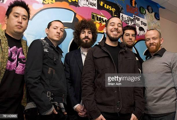 Joe Hahm Chester Bennington Brad Delson Mike Shinoda Rob Bourdon Dave 'Phoenix' Farrell of Linkin Park