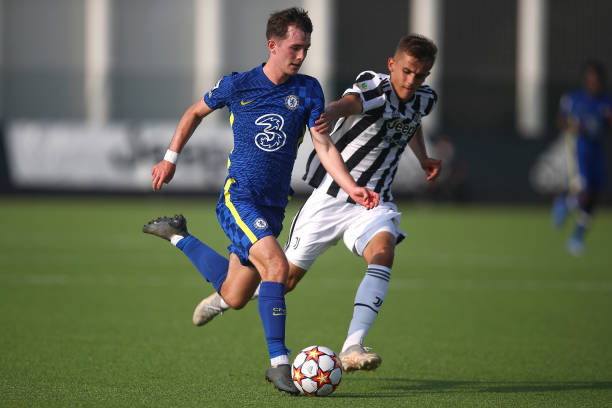 Joe Haigh of Chelsea and Ervin Omic of Juventus during a UEFA Youth League match between Juventus and Chelsea at JTC Continassa - Juventus Training...