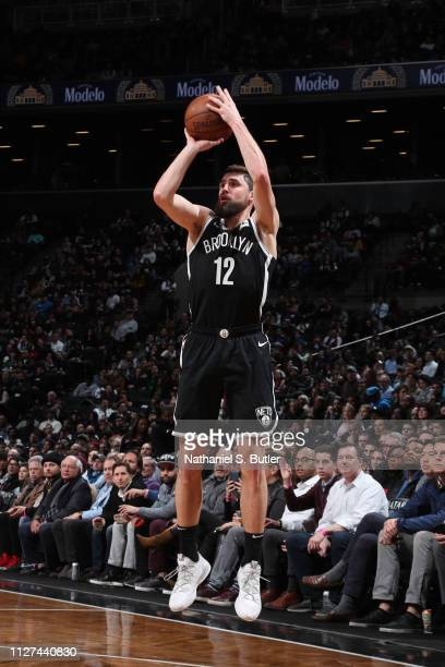 Joe Harris of the Brooklyn Nets shoots the ball against the San Antonio Spurs on February 25 2019 at Barclays Center in Brooklyn New York NOTE TO...