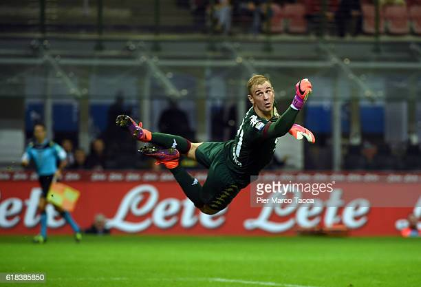 Joe Hart goalkeeper of FC Torino in action during the Serie A match between FC Internazionale and FC Torino at Stadio Giuseppe Meazza on October 26...