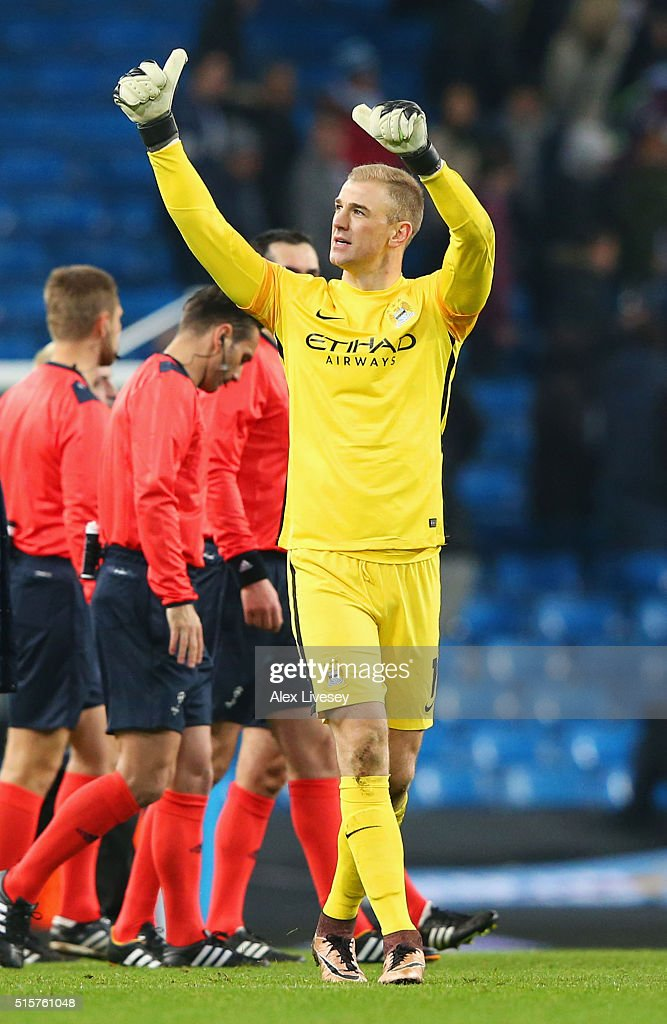 Joe Hart of Manchester City salutes the crowd as his team reach the quarter finals after the UEFA Champions League round of 16 second leg match between Manchester City FC and FC Dynamo Kyiv at the Etihad Stadium on March 15, 2016 in Manchester, United Kingdom.