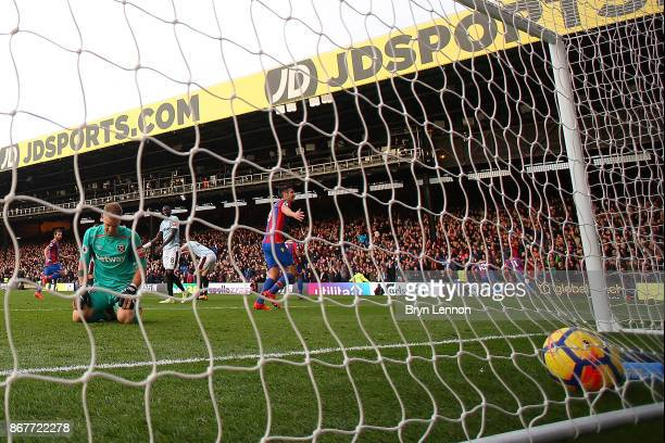 Joe Hart of West Ham United looks on after Wilfried Zaha of Crystal Palace scores a late equaliser during the Premier League match between Crystal...