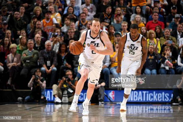 Joe Ingles of the Utah Jazz handles the ball against the Golden State Warriors during a game on October 19 2018 at Vivint Smart Home Arena in Salt...