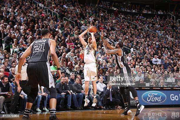 Joe Ingles of the Utah Jazz shoots the ball against the San Antonio Spurs on February 25 2016 at vivintSmartHome Arena in Salt Lake City Utah NOTE TO...