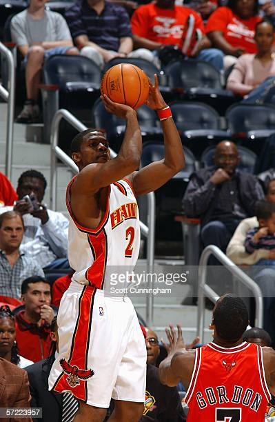 Joe Johnson of the Atlanta Hawks shoots against the Chicago Bulls during the game at Philips Arena on March 11 2006 in Atlanta Georgia The Bulls won...