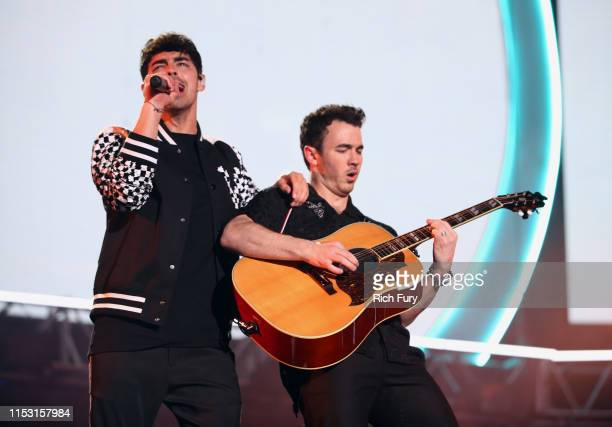 Joe Jonas and Kevin Jonas perform onstage at 2019 iHeartRadio Wango Tango presented by The JUVÉDERM® Collection of Dermal Fillers at Dignity Health...