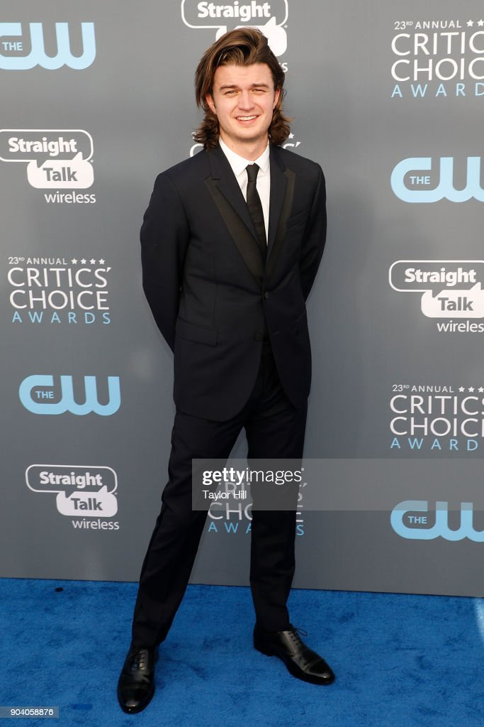 Joe Keery attends the 23rd Annual Critics' Choice Awards at Barker Hangar on January 11, 2018 in Santa Monica, California.