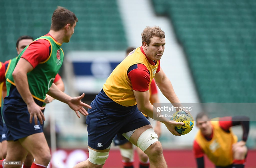 Joe Launchbury of England in action during an England Rugby open training session at Twickenham Stadium on January 29, 2016 in London, England. (Photo by Tom Dulat - RFU/The RFU Collection via Getty Images).