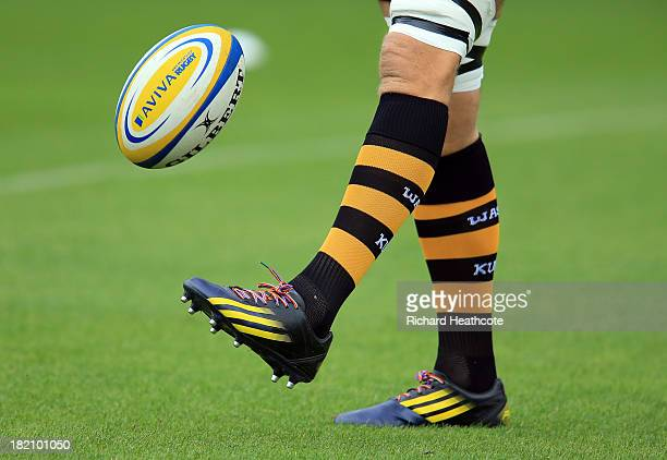 Joe Launchbury of Wasps wears the rainbow laces of The Stonewall initiative a campaign against homophobic discrimination in sport during the Aviva...