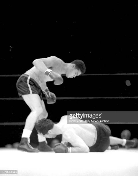 Joe Louis versus Max Schmeling II 2 Minutes 4 Seconds The beginning and the end of Max Schmeling Max a few short seconds later a hopelessly beaten...