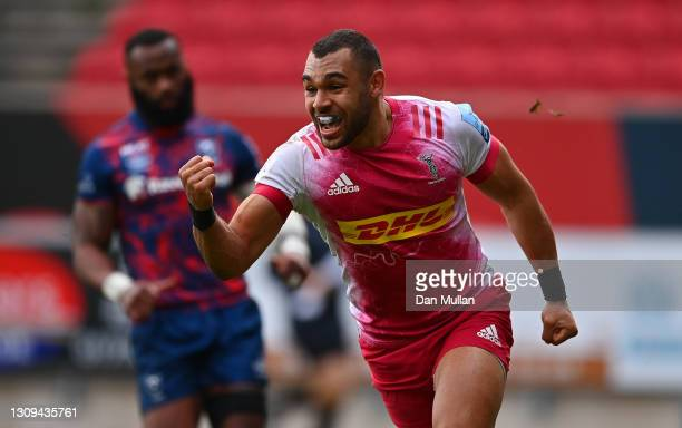 Joe Marchant of Harlequins celebrates after scoring his side's third try during the Gallagher Premiership Rugby match between Bristol and Harlequins...