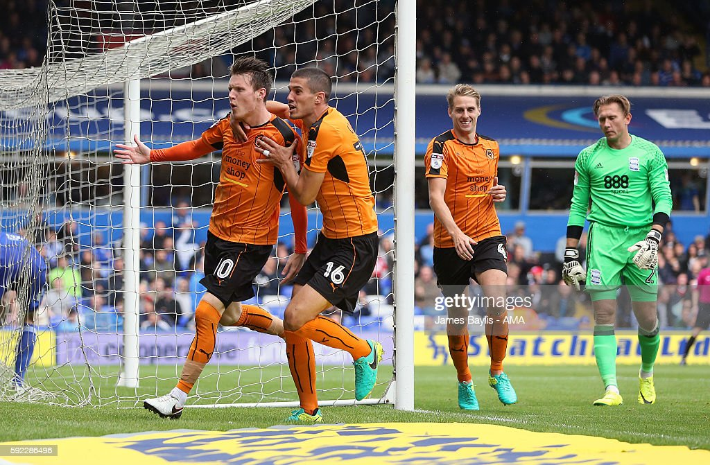Joe Mason of Wolverhampton Wanderers celebrates after scoring a goal to make it 1-1 during the Sky Bet Championship fixture between Birmingham City and Wolverhampton Wanderers at St Andrews (stadium) on August 20, 2016 in Birmingham, England.