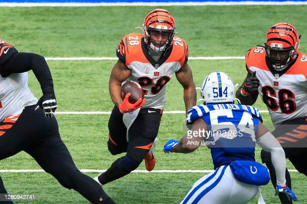 Joe Mixon of the Cincinnati Bengals carries the ball against the Indianapolis Colts during the second half at Lucas Oil Stadium on October 18, 2020...