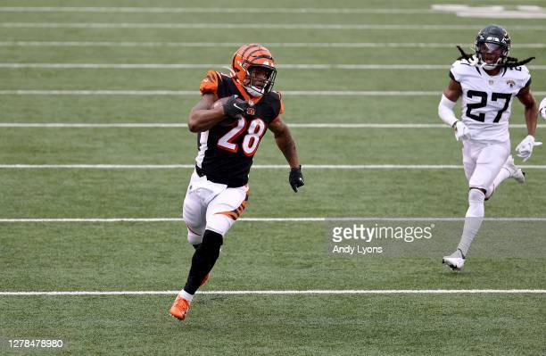 Joe Mixon of the Cincinnati Bengals runs for a touchdown during the 33-25 win against Jacksonville Jaguars at Paul Brown Stadium on October 04, 2020...
