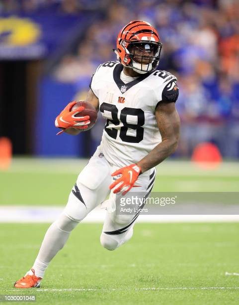 Joe Mixon of the Cincinnati Bengals runs the ball against the Indianapolis Colts at Lucas Oil Stadium on September 9, 2018 in Indianapolis, Indiana.