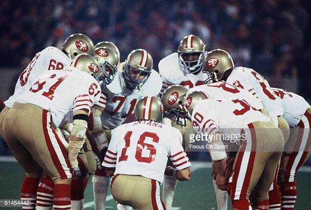 Joe Montana of the San Francisco FortyNiners in the huddle during the Superbowl against the Cincinnati Bengals at the Pontiac Silverdome on January...