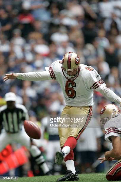 Joe Nedney of the San Francisco 49ers kicks a 22yard field goal during an NFL football game against the Dallas Cowboys at Texas Stadium on November...