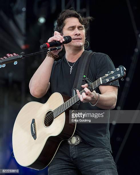 Joe Nichols performs on April 17 2016 in Fort Lauderdale Florida