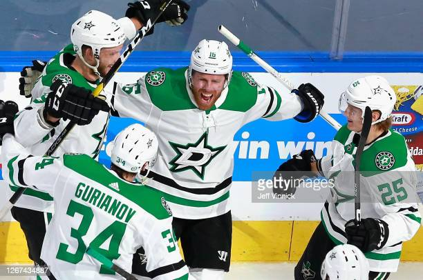 Joe Pavelski of the Dallas Stars celebrates his goal against the Calgary Flames at 722 of the second period in Game Six of the Western Conference...