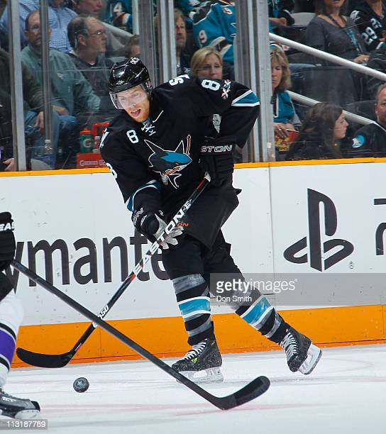 Joe Pavelski of the San Jose Sharks handles the puck against the Los Angeles Kings in Game 5 of the Western Conference Quarterfinals during the NHL...