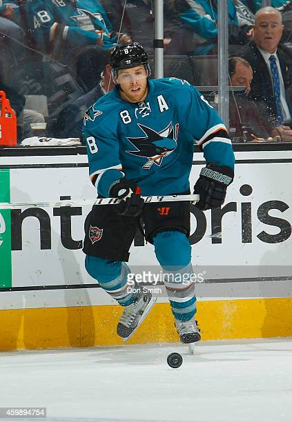 Joe Pavelski of the San Jose Sharks locates the puck against the Anaheim Ducks during an NHL game on November 29, 2014 at SAP Center in San Jose,...