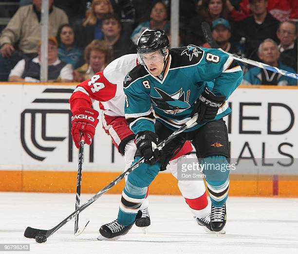 Joe Pavelski of the San Jose Sharks moves the puck into the zone during an NHL game against the Detroit Red Wings on January 9, 2010 at HP Pavilion...